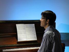 ピアノの奇才!原田 翔〜〜〜