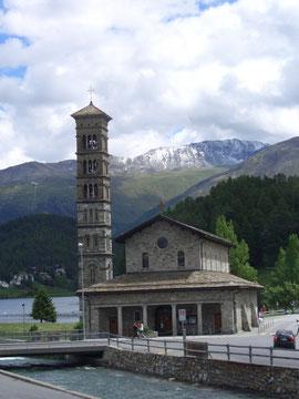 """der """"schiefe Turm"""" in St. Moritz Bad (also, auf dem Foto scheint eher das Haus schief)"""