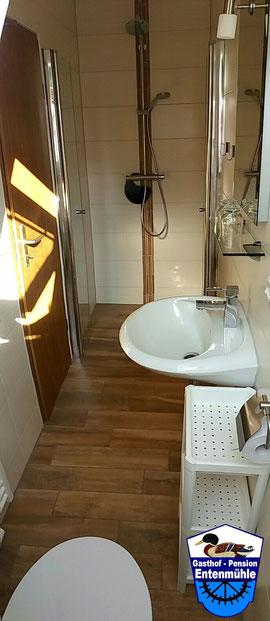 Doppelzimmer Nr. 1 mit Dusche/WC/Wlan/LED Sat-TV