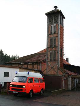 ELW 1 vor dem Spritzenhaus im Jahre 2004