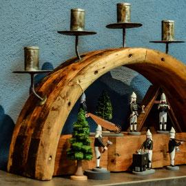 TTransmissionschwibbogen, Schwibbogen, Kerzen, modern, traditionell,  Erzgebirge, Volkskunst, uriger Lichterbogen, handgearbeitete Kerzenhalter, Blechkerzenhalter