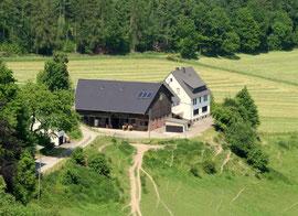 Waldhaus Ulmecke; Bauernhof mit Pferdestallung