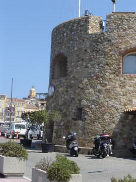 le quai Jean Jaurès où il faut être vu