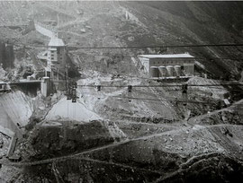 Construction du barrage en 1951