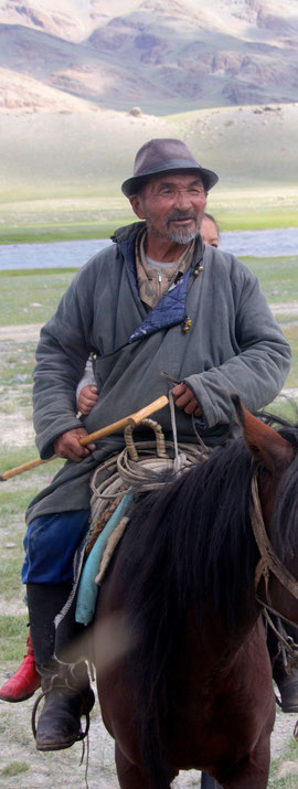 Cavalier Kazakh en Mongolie Altai