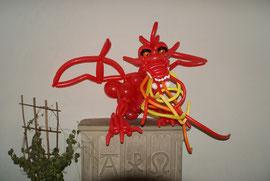Drachen, Ballonkunst, China,Ballondeko, Mr. Balloni