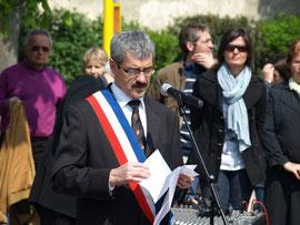 8 mai 2010 à BETHENY, Français et Allemands réunis au Monument aux morts.