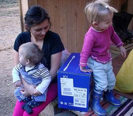 Almedina Kapic mit Emrah und Nichte Ajna