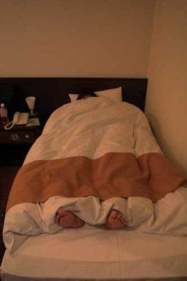 こんな小さな掛布団のホテルは人生初
