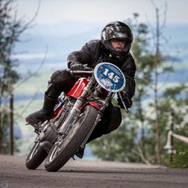 Töneli auf Ducati 250 Corsa