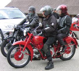 Max mit einer Moto Guzzi Falcone