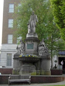 Joseph Sturge statue