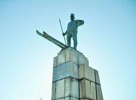レルヒ少佐の銅像です。