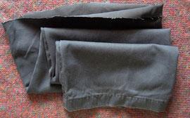 画像-5. 使い古しのズボン