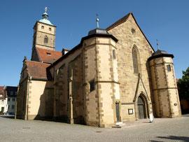 Die St. Johanniskirche am Martin-Luther-Platz