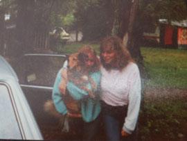 Ich mit meiner ShuShu auf dem Arm vor 30 Jahren