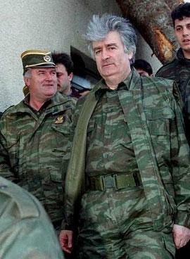 Ratko Mladic og Radovan Karadzic, de bosniske serberes hhv. militære og politiske leder