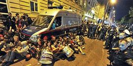 Wien: blokadeaktion mod tvangsudvisnings- transport
