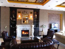 Typisch englisch - das Clubhaus Montgomerie Maxx Royal. Foto Rainer Sturm stormpic.de