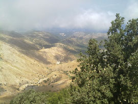 Stürmische Wolken am Gipfel des Pantokrators