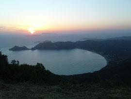 Sonnenuntergang auf dem Berg Arakli