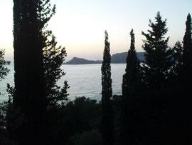 Sonnenuntergang über unserer Bucht
