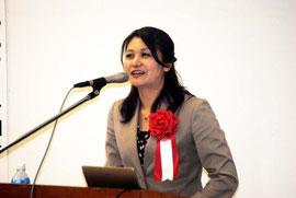講演する豊田麻琴さん
