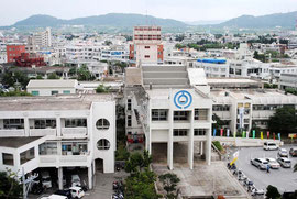 石垣市は、総合窓口を民間委託でスタートさせる方向で検討している(資料写真)