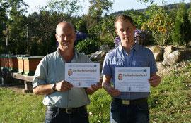 Nach der Facharbeiterprüfung 2012 beim Bienenstand