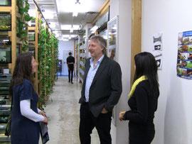 EFS Firmenchef Bernd Schmölzing mit meinen Kolleginnen Beate Kessler und Erika Steidle