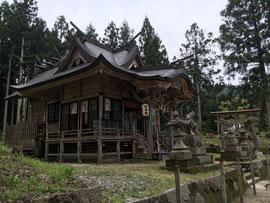 美用神社の社殿