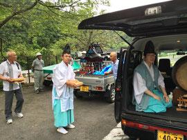 上萩山の剣会館にて