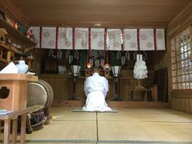 斂葬の儀当日の黙祷