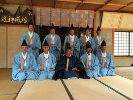 福成神社宮司と新役員