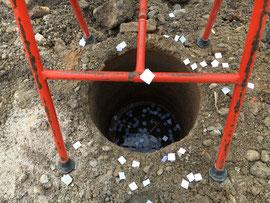 解体作業中に見つかった古井戸(9月7日)