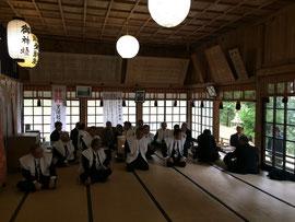 福榮神社の会長以下総代と来賓
