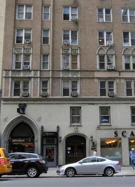 マンハッタン西57丁目のアパート