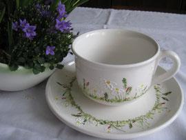 Blumenwiese: große Teetasse