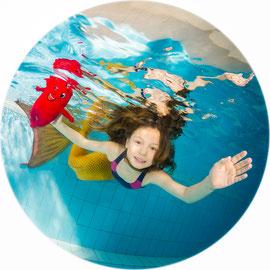 Bubble Swim Meerjungfrauen-Schwimmkurse Reka-Feriendorf Lenk Bern