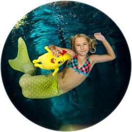 Bubble Swim Meerjungfrauen-Schwimmkurse Reka Ferienanlage Parkhotel Brenscino Brissago Tessin