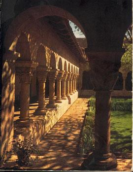 Cloître de St Guilhem Le Désert (France)
