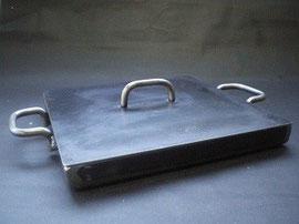 アツアツ鉄板のフタ