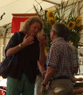 Nicolas Lindt im Gespräch mit Gemeindepräsident Bruno Franceschini