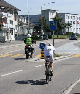 ...dicht gefolgt von Jan van Berkel... (Bilder: Thomas Illi, buebikernews.com)