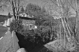 Calviac : l'école, la place, le Pont (ph. JC Wolles)