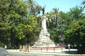Monumento al Marqués de Comillas. Alameda.