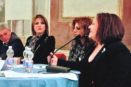 """Elisa Martorana presenta """"Woman for Woman"""" al convengno - foto di Fabrizio Sansone"""