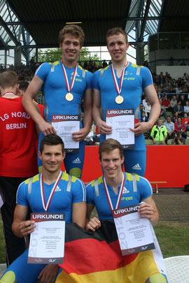 Die Deutschen U20-Meister 2012 über 4x400m: Kai Köllmann (Wesel), Philipp Scheer, Matthias Gries (beide Rhede) und Lukas Korting (Sonsbeck).