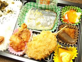 ロケ弁当 お肉7 : お魚3 ?