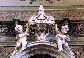 Putti nella chiesa della Croce di Lucca - Napoli